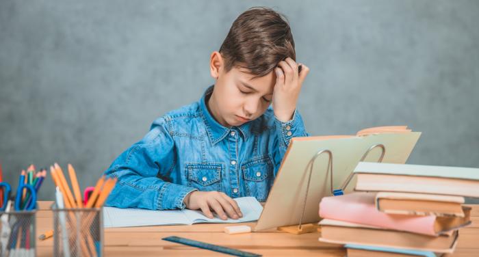Μαθησιακές δυσκολίες: Ποιες είναι και πώς θα τις αναγνωρίσουμε;